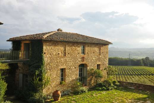 Geggianello - Geggianello is a stunning home, perched on a hill top above vineyards enjoying sweeping views of the countryside and of the nearby city of Siena.