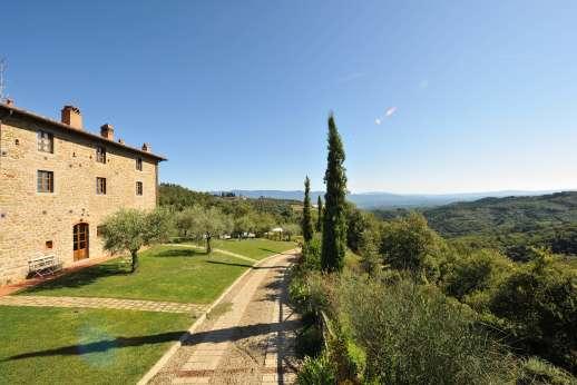 Weddings at I Corbezzoli - Amazing view surround the villa