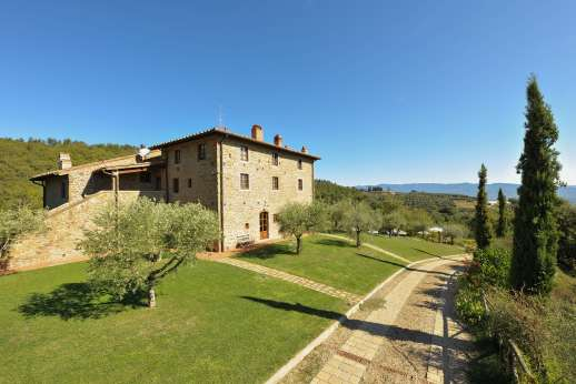 I Corbezzoli | 11 Bed Luxury Villa with Pool | Chianti | Tuscany Now