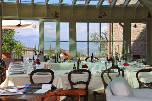 Weddings at I Corbezzoli - The onsite staff will cater to all you meals.