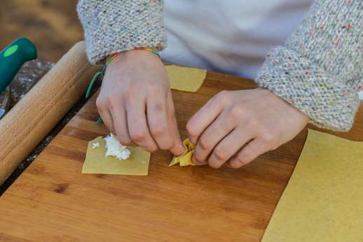 A Cooking Week at I Corbezzoli - Tortellini cooking lesson