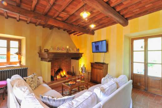 A Cooking Week at I Corbezzoli - The air conditioned living room on the ground floor.