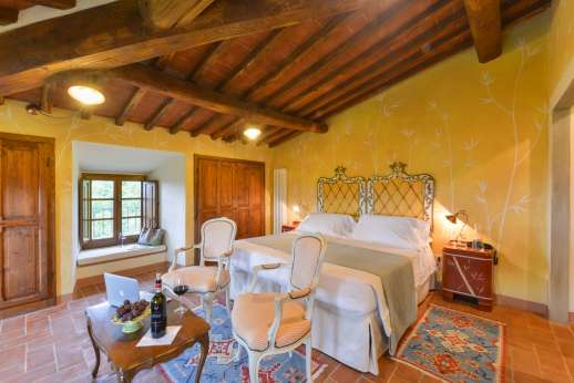 A Cooking Week at I Corbezzoli - Le Ginestre. Air conditioned double bedroom