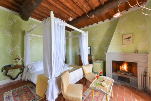 A Cooking Week at I Corbezzoli - Guest house ground floor air conditioned double bedroom named Le Acacie.
