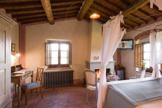 A Cooking Week at I Corbezzoli - Air conditioned double bedroom