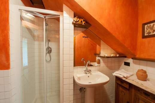I Tre Cipressi - Bathroom with shower