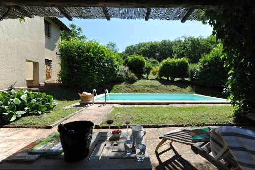Il Cerro - Il Cerro is a very comfortable house with a beautiful garden, a private pool and a hot tub.