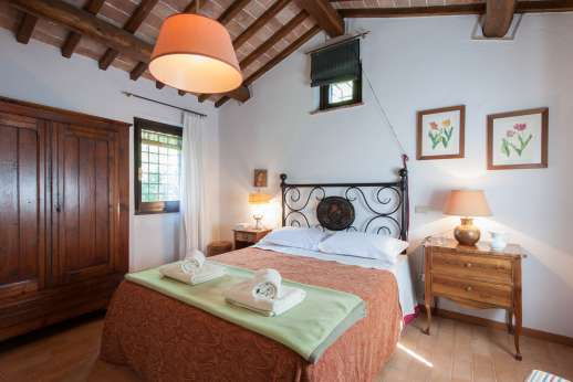 Il Cerro (x 5 people) with Staff and Cook - Double bedroom.