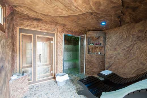Il Chiesino - Spa area part of the guesthouse, but with separate entrance, with sauna, turkish bath with shower