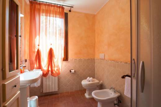 Il Chiesino - Ensuite bathroom