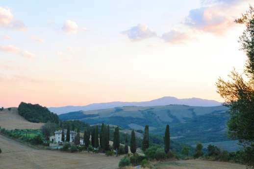 Il Cornello - In a lovely, very hilly part of south-eastern Tuscany noted for its thermal spas.