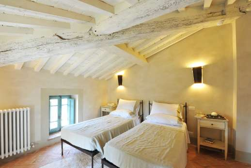 Il Cornello - Another view of the air-conditioned twin bedroom on the Mansarda level.