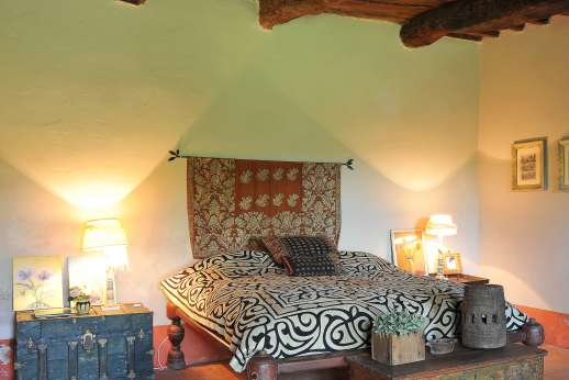 Il Fienile - Lower ground floor, double bedroom