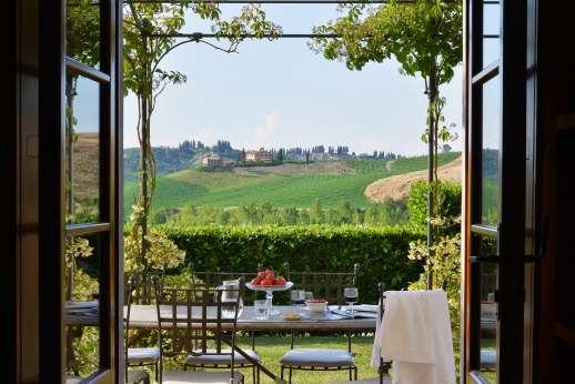 Il Granaio - Pergola with views.
