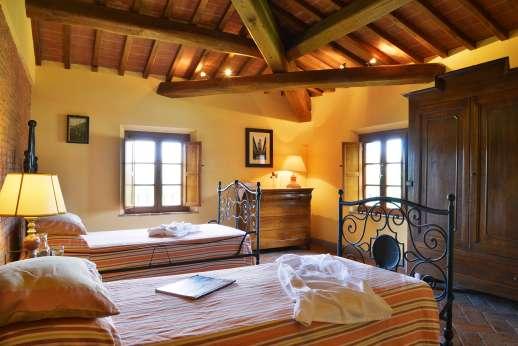 Il Granaio - A double bedroom.