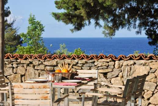 Isola Rossa - Sit an relax on the terrace enjoying the peaceful and very Mediterranean setting.