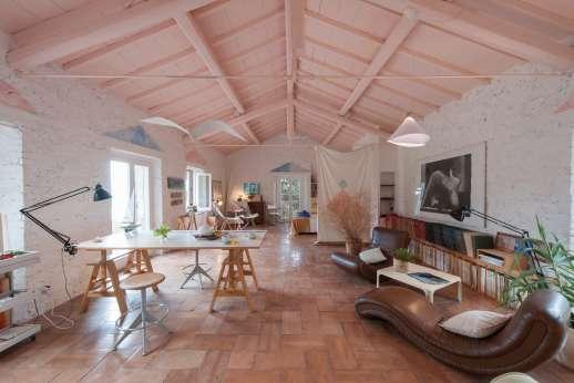 Isola Rossa - The loft in the villa