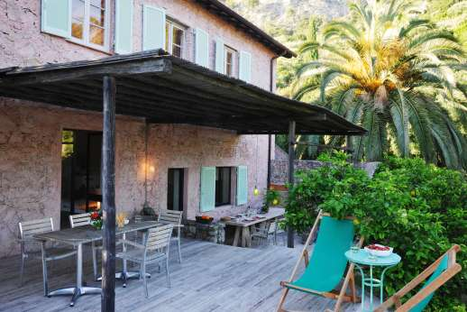 Isola Rossa - Enjoy your evening outdoors at the villa