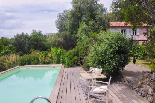 Isola Rossa - The pool terrace and the villa are set in a haven of peace and unspolit nature.