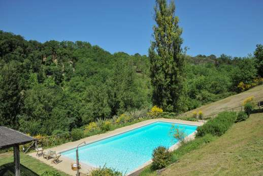 L'Olmo (x 2 people) with Staff and Cook - A pretty garden leads down to the pool.