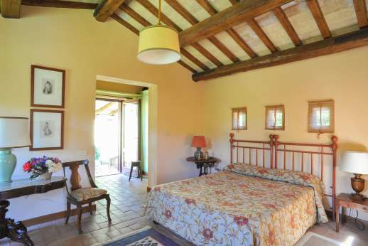L'Olmo (x 2 people) with Staff and Cook - First floor air conditioned double bedroom