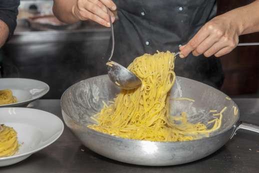 L'Olmo (x 4 people) with Staff and Cook - Local cook can prepare local cuisine of your choice