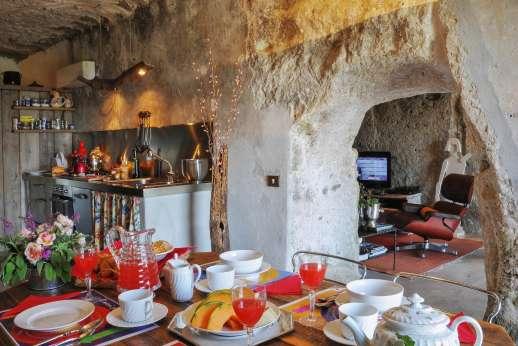L'Orto di Alice - with dining area.