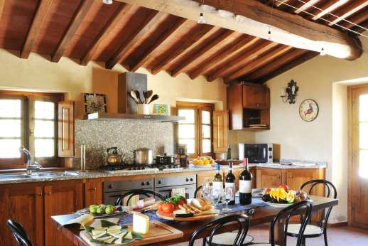 La Casa di Montegrossi - A large well equipped kitchen