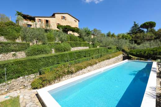 La Casa di Montegrossi - The twenty meter pool enjoying stunning views of the countryside.