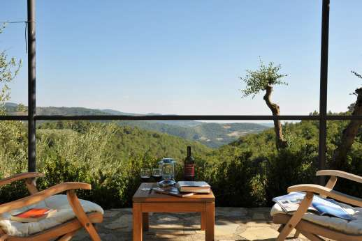 La Casa di Montegrossi - There are a number of terraced areas, where to enjoy the views.