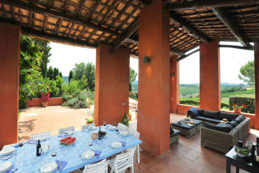 La Casa Rossa - Another view of the loggia and dining area.