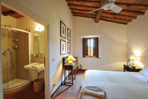 La Casa Rossa - Another view of the second twin bedroom
