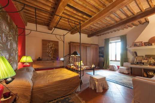 La Fattoria di Sarteano - Large double bedroom
