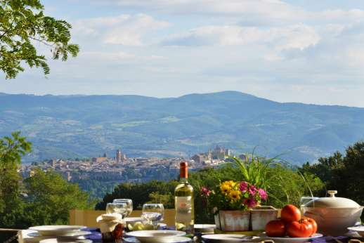La Grande Quercia - View of Orvieto while dining.