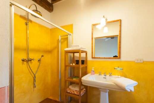 La Magione - One of the bathrooms.