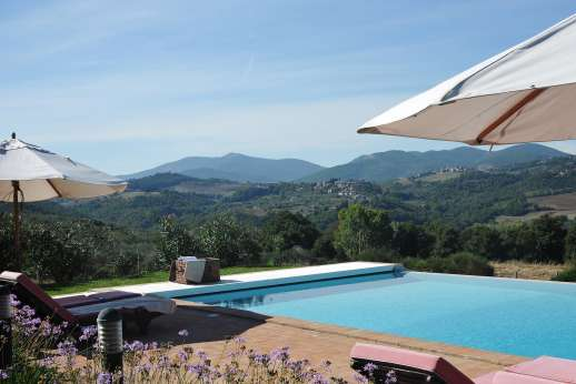 La Pianstella - The 6 x 12m infinity edge swimming pool, with stunning views.