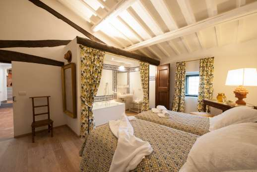 La Tegolaia - Twin bedroom with ensuite