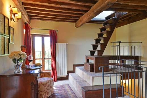 Le Gorgacce - Second floor landing.