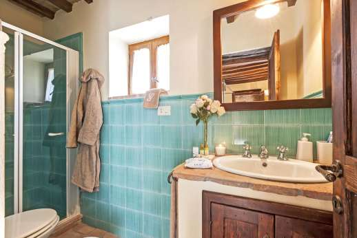 Le Gorgacce - An en suite bathroom.
