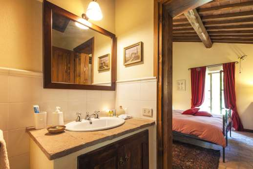 Le Gorgacce - All bedrooms have en suite bathrooms.