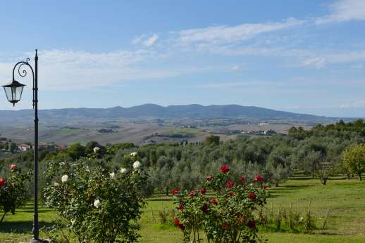 Montaspro - Enjoy the views of the surrounding countryside.
