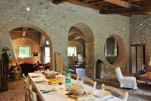 Pergoletto - The large open plan ground floor.