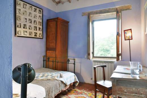 Pergoletto - One of the two single bedrooms.