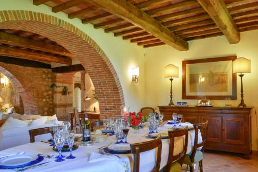 Podere Casalfava - Open plan dining room