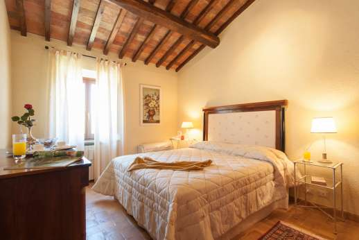 Podere Casalfava - Double bedroom first floor.
