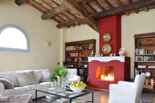 Podere Castelluccio - Comfortable sitting room.
