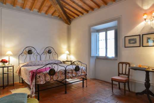 Podere Castelluccio - Twin bedroom, convertible to a double.