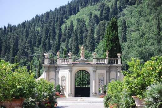 Podere Castelluccio - Podere Castelluccio's Italian Gardens.