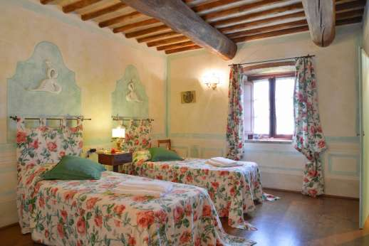 Podere Celli - Another of the air conditioned twin bedrooms.