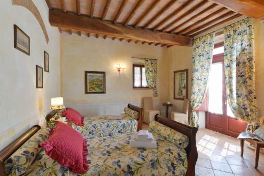 Podere Celli - Air conditioned twin bedroom.§